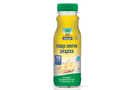 ארוחה בבקבוק משקה חלב יטבתה עם דגנים מלאים ובננה
